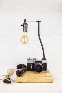 Лампи Настільна лампа PRIDE & JOY з вінтажним фотоапаратом 19GL