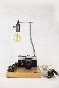 Лампи Настільна лампа PRIDE & JOY з вінтажним фотоапаратом 20GL