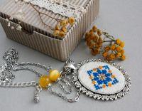 Большой кулон на цепочке сине желтый Украинские украшения под вышиванку