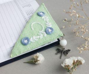 Разное Именная закладка для книг уголок Подарок для девушки
