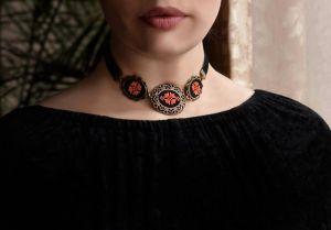 Коцкулич Татьяна Колье чокер на бархатной ленте Украинские украшения под вышиванку