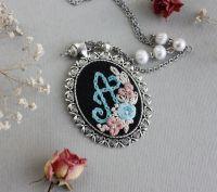 Кулон з літерою та квітами, бірюзовий пудровий рожевий, прісноводні перли