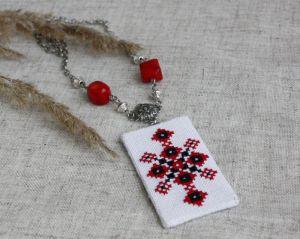 Червоний кулон Кулон з коралом Червона шипшина