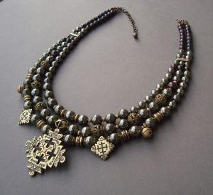 Ожерелья и колье ручной работы Мерцание