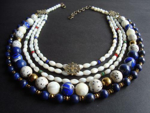 Ожерелье перламутровый с лазуритом