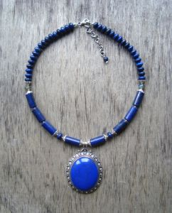 Ожерелья и колье ручной работы Синее ожерелье