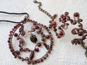 """Crafters Комплект """"Гранатовий"""" з міді (кулон і браслет)"""