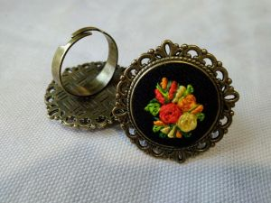 "Кольца ручной работы Кольцо ""Янтарные цветы"""