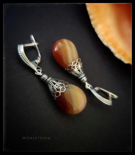 Серебряные серьги с сердоликом