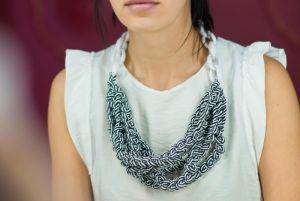 Ожерелье из текстиля Black&Wite