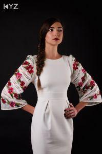 KYZ Xclusive Design Платье с вышитыми рукавами