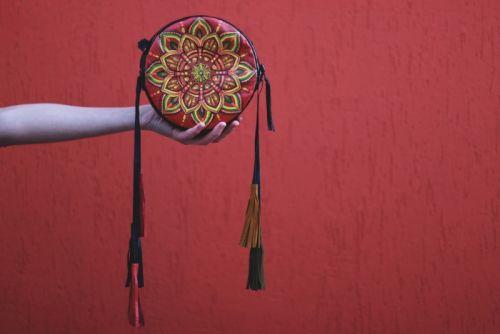 Кожаная сумка drum boho с ручной росписью CB 009
