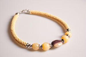 Ожерелье из бисера Песок на щеке