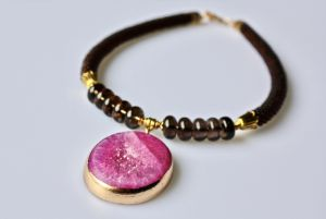 Ожерелье из кварца Намек