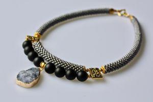 Ожерелье из бисера Искры