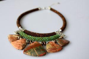 Ожерелье из бисера Татем