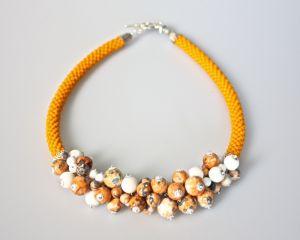 Ожерелье из бисера Облепиха