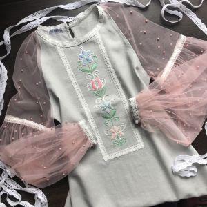 Вышитые платья Платье ручной работы