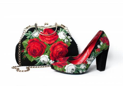 """Комплект """"Розкішні троянди"""""""