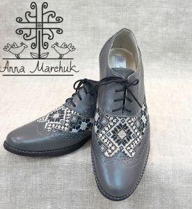 Footwear Чоловічі броги з гуцульською вишивкою