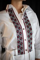 Женская манишка - вышиванка с геометрическим орнаментом