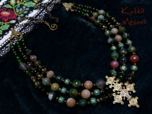 """Квітка Медова """"Весеннее"""". Трехрядное ожерелье с гуцульским крестом-згардой"""