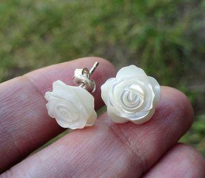 Морозова Светлана Серьги-пуссеты WHITE ROSES