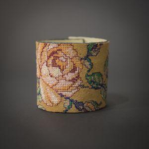 Прикраси ручної роботи Браслет Троянда