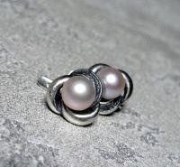 Срібні сережки з чорнінням та натуральними перлинами