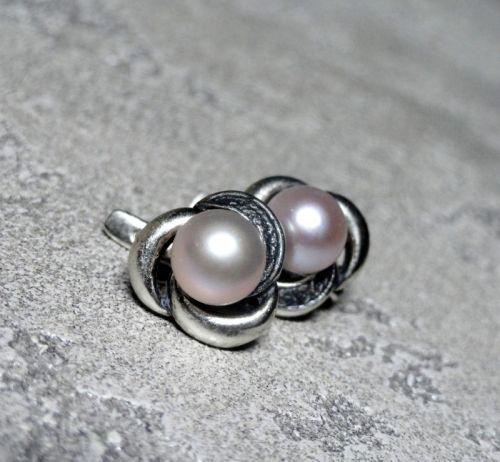 Серебряные серьги с чернением и натуральным жемчугом