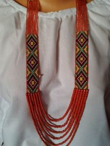 "Ожерелье из бисера Гердан ""Традиции"""