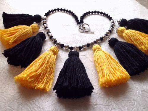 Ожерелье с кистями