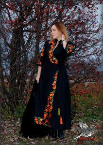 """Чорна сукня з вишивкою Сукня на запах """"Фізаліс"""""""