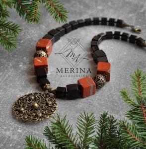 Ожерелье из оникса Рождественское