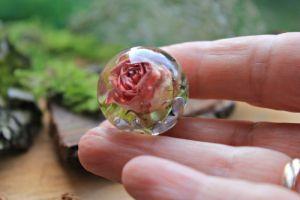 Кулон куля з квітами