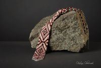 Краватка з українським орнаментом