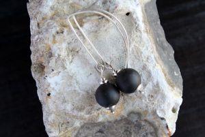 Серьги ручной работы Длинные черные серьги из серебра и натурального камня шунгита