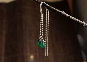 Олейник Наталья Серебряные серьги протяжки с зеленым камнем