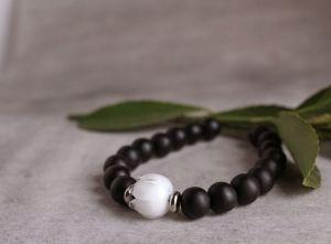 Браслеты ручной работы Браслет из натурального камня, черный браслет с шунгита, браслет с цветами лэмпворк
