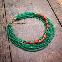Ожерелье с бисером и кораллом