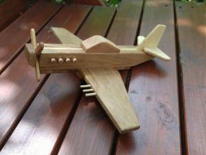 Изделия из дерева ручной работы Игрушка самолетик