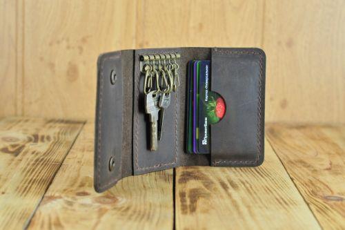 Кожаная ключница на 6 ключей и кредиток