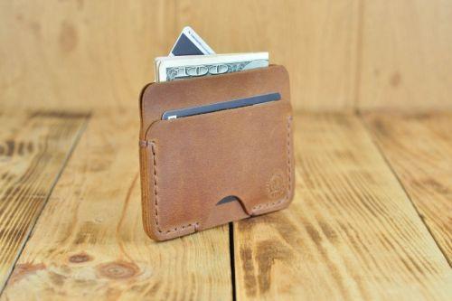 Маленький кожаный кошелек для кредиток и денег