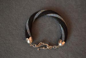 Браслеты ручной работы Черно-серый браслет