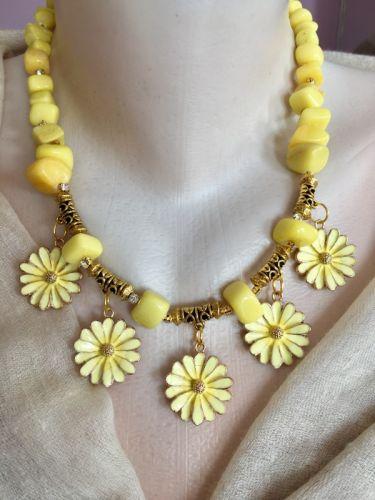"""Ожерелье """"Желтая маргаритка"""""""