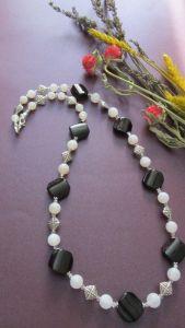 Ожерелья и колье ручной работы Внезапный снег
