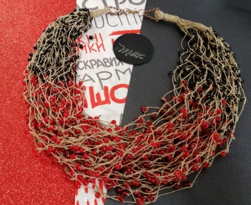 """Льняное ожерелье """"Красное и чёрное"""""""