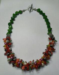 Намисто з перлами  Намисто з натуральним коралом, річковими перлами і міксом каменів