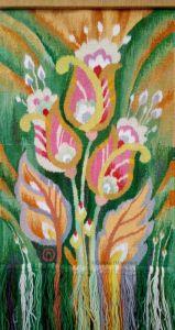 Гобелены ручной работы Цветы на зеленом