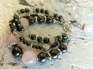 Чорний браслет Трьохрядовий браслет з натуральних каменів